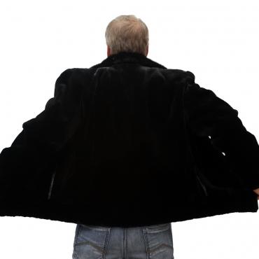 Куртка из бобрика с отложным воротником